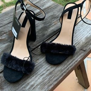 Faux Fur Ankle Strap Black Holiday Shoes 6.5 NWT!